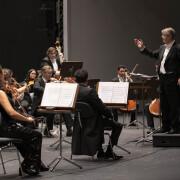 20200707 La Sinfónica cierra su ciclo extraordinario con las entradas agotadas-Víctor Pablo Pérez en el concierto de apertura