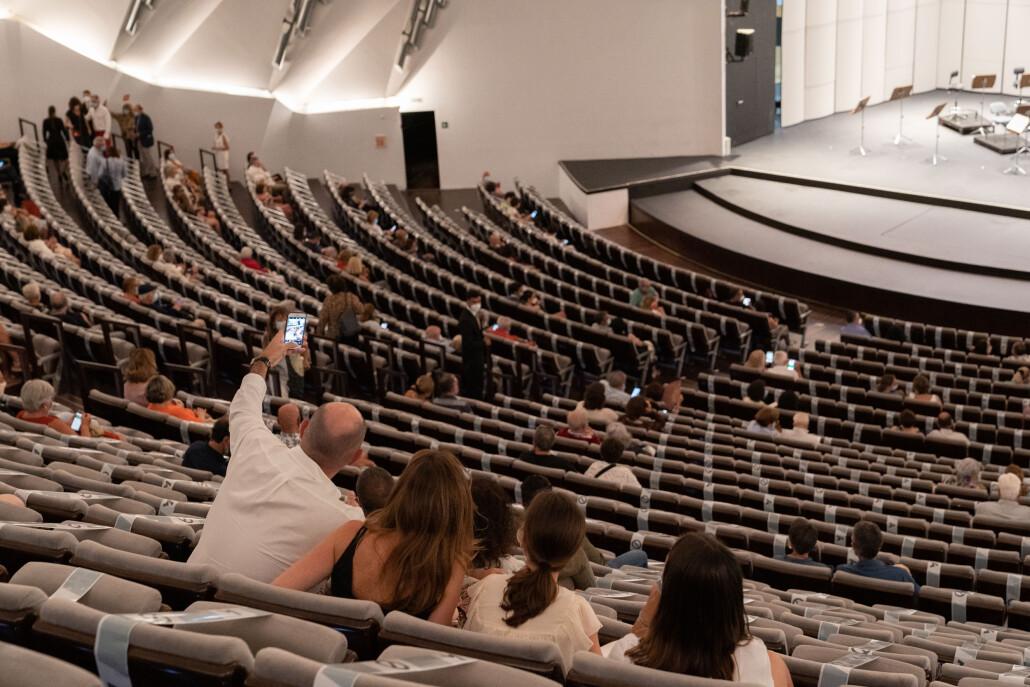 20200713 NP Más de 1.700 personas acudieron al reapertura de Auditorio y Sinfónica-Sala